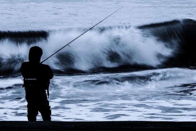 11月の堤防で釣れる魚は?寒いけど水温次第で魚は釣れる!