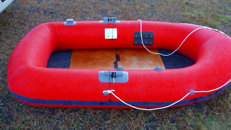 アキレスゴムボートEC-2で手軽に海釣り!手順と海に浮かべるまで