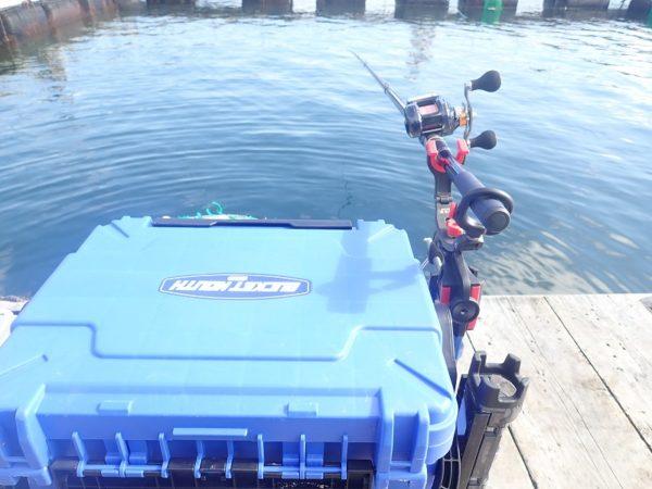 海上釣堀でカウンター付きリールを使う